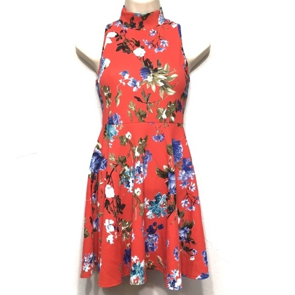 All About Me Dresses & Skirts - All About Me Floral Fit and Flare Keyhole Dress